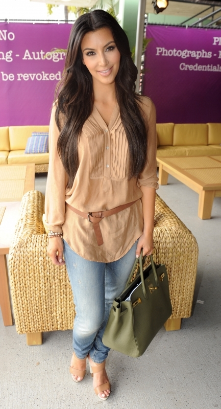 2010 sony ericsson open  march 28  2010 Stil poznatih: Kim Kardashian