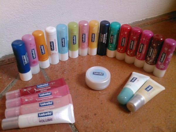 11 picnik Labello – Nobody loves lips more