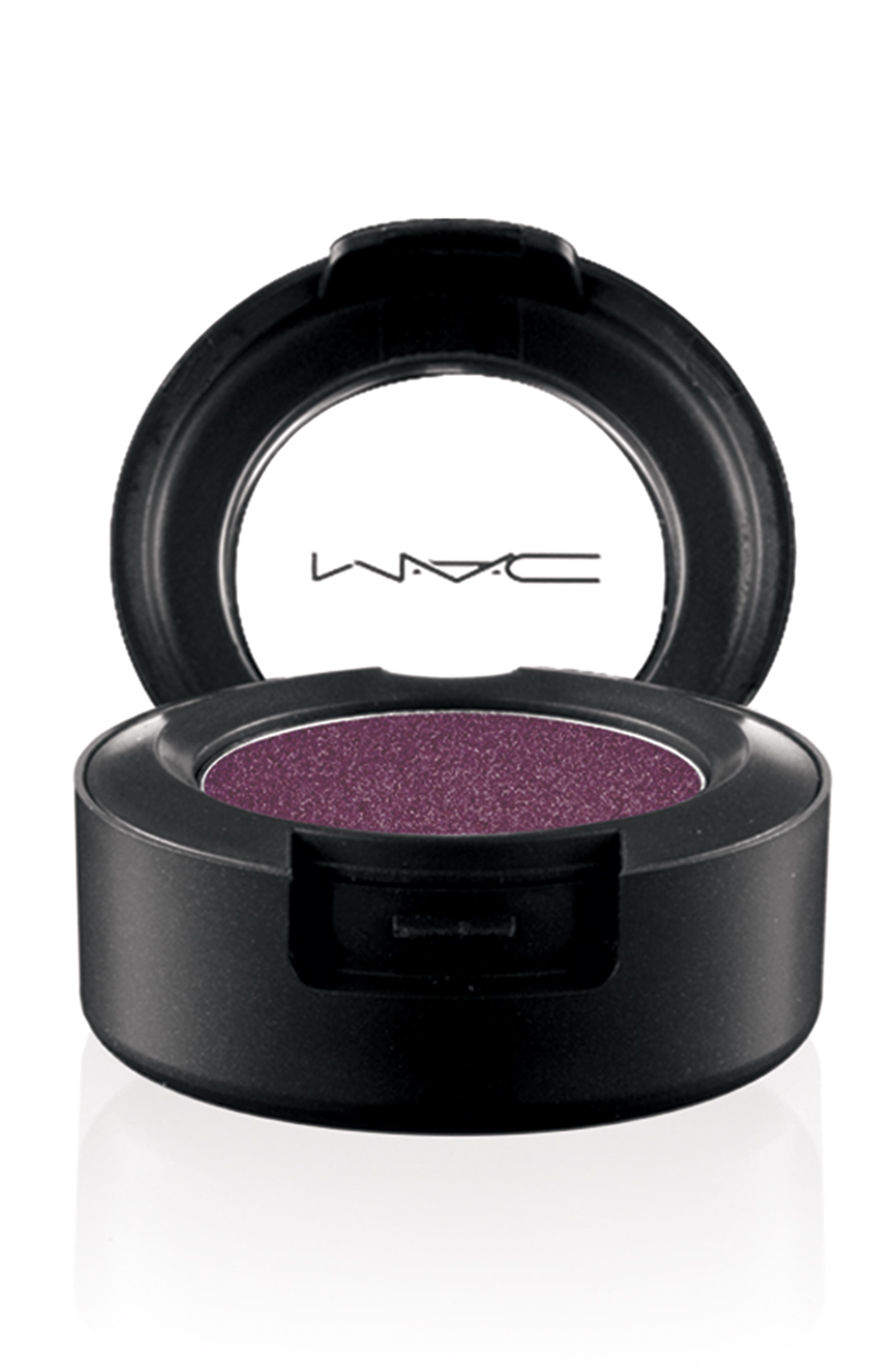 mac moodyblooms eyeshadow hidden motive slika 11 MAC Cosmetics: Nova kolekcija Moody Blooms