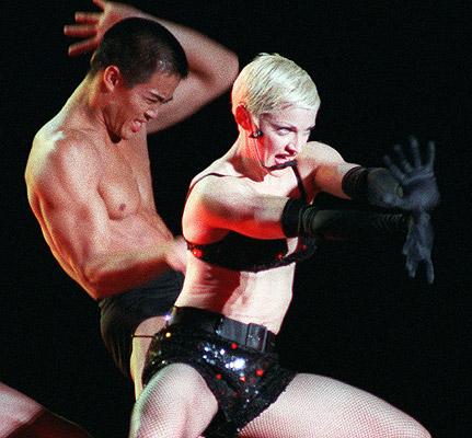 fashion flashback madonna 1993 2 Modni kameleon   Madonna