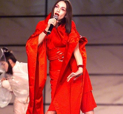 fashion flashback madonna 1999 Modni kameleon   Madonna