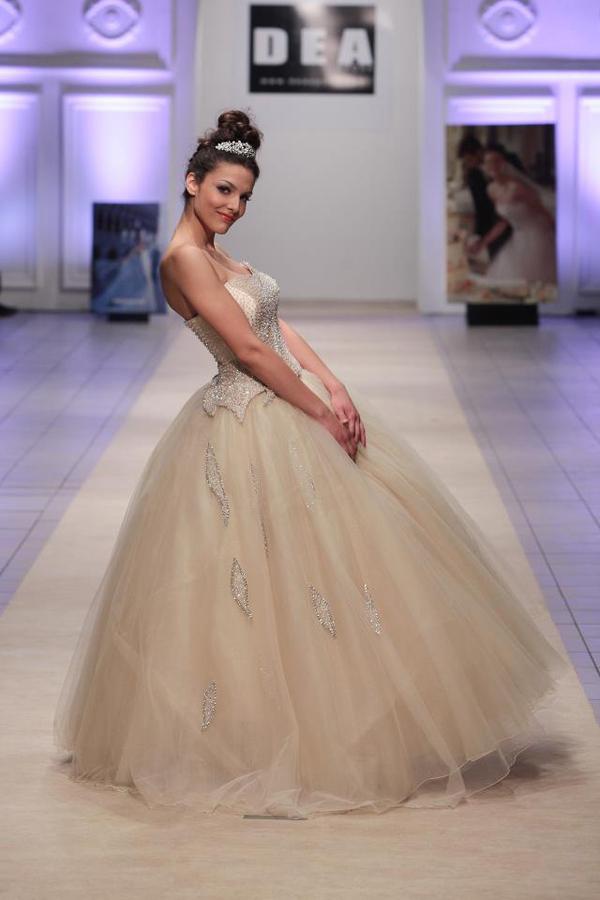 dea sposa 1 Fashion Week Skoplje: Maja Kikiritkova i Khristina Despotovska