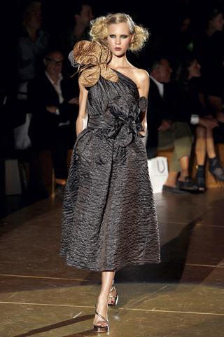 00490m Marc Jacobs proleće/leto 2011.
