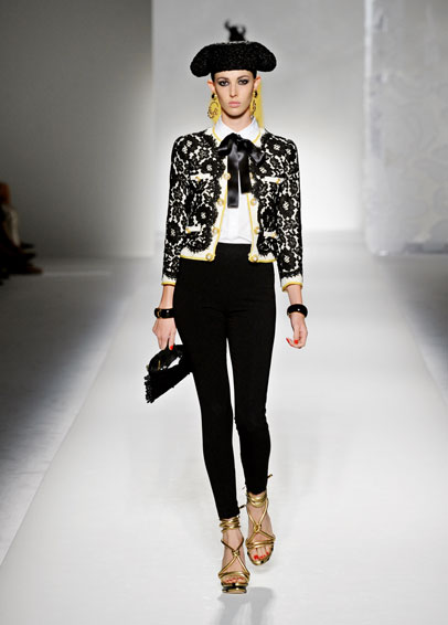 galerija moschino2 La Moda Italiana: Moschino   Couture&Shock