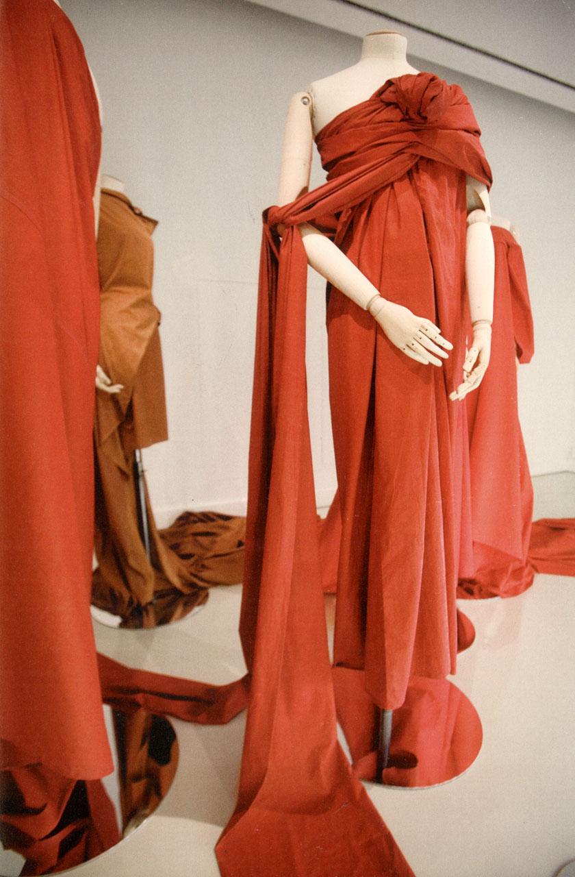 tumblr ln84aybjrd1qbbjpeo1 1280 Mračni vizionar modne scene: Yohji Yamamoto