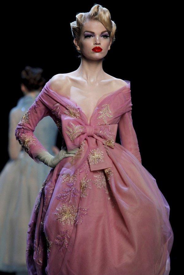 dior Top 5 najmlađih manekenki koje osvajaju svetske modne piste