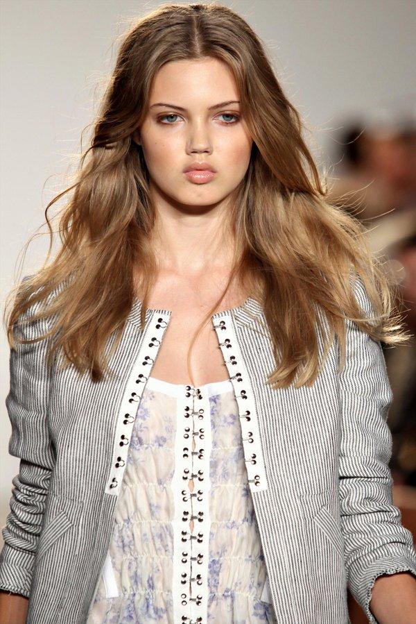 thakoon Top 5 najmlađih manekenki koje osvajaju svetske modne piste