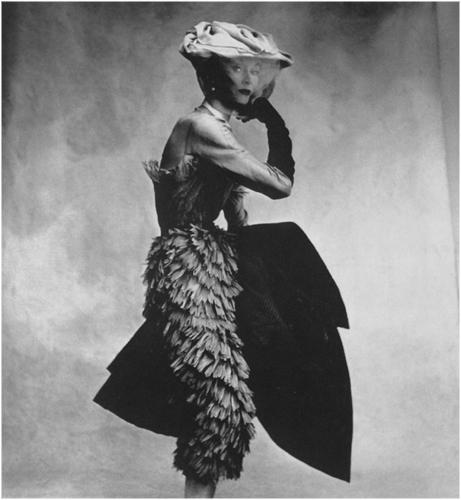 irving penn balenciaga dress 1950 New look: pedesete