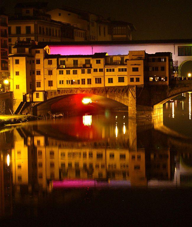 grad koji plese na arnu Put oko sveta: Noćni život Firence