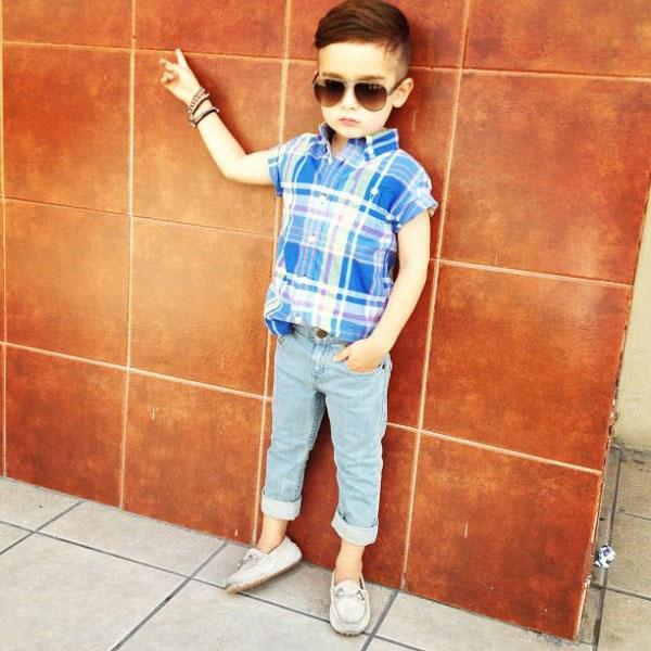 a 4x 8 Nova ikona stila: Petogodišnji dečak postao zvezda na Instagramu