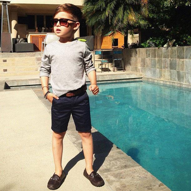 a 4x 9 Nova ikona stila: Petogodišnji dečak postao zvezda na Instagramu
