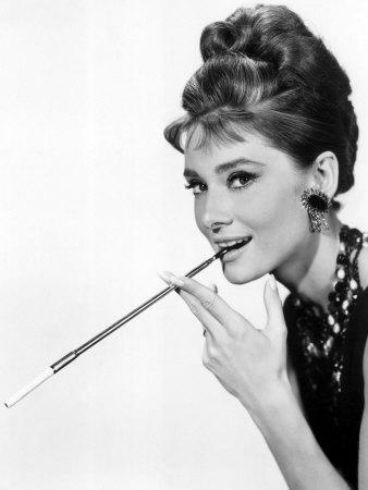 37 3706 4ycaf00z Stil Audrey Hepburn