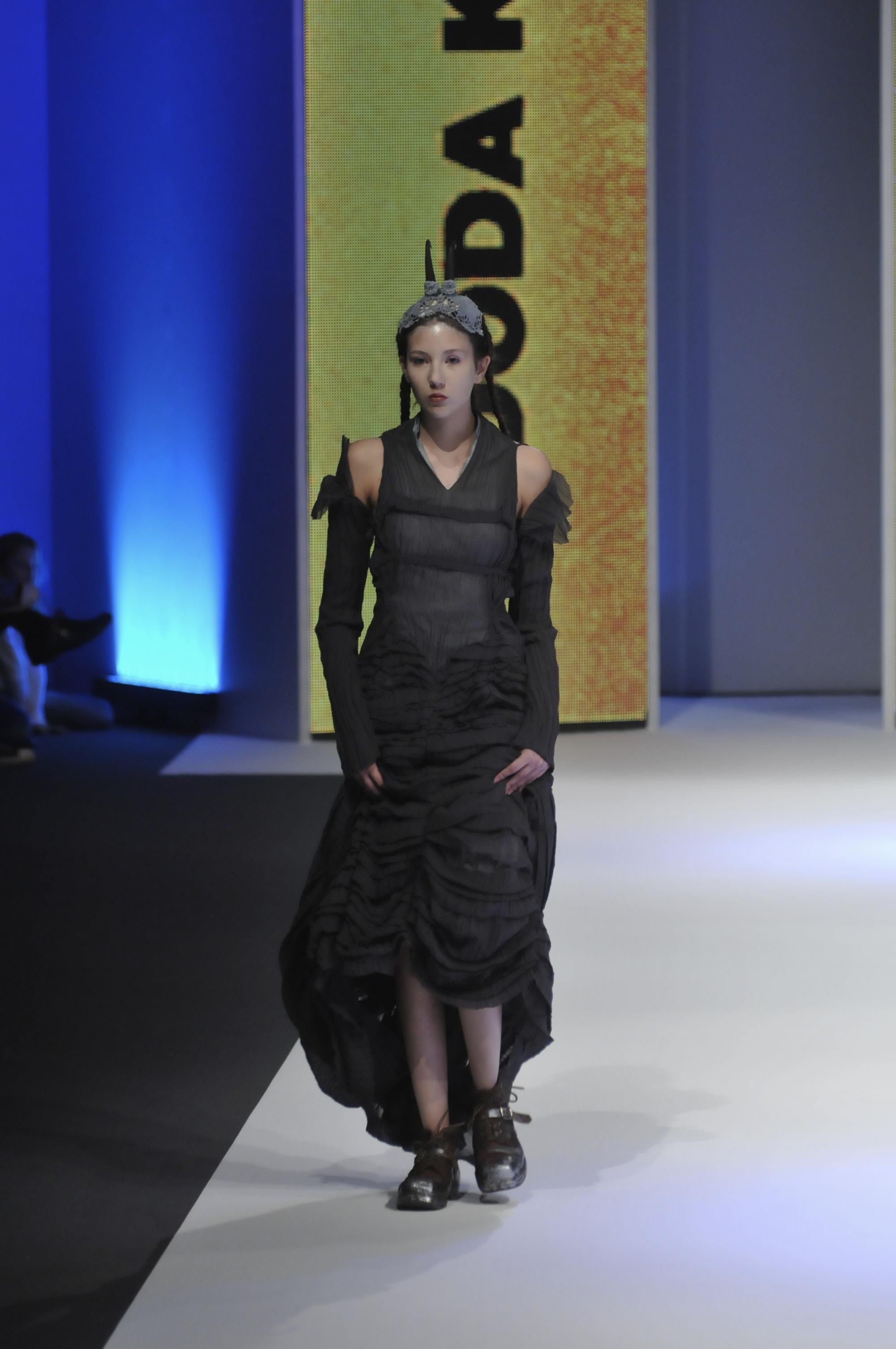 dodakomad Peto veče 30.Amstel Fashion Week a