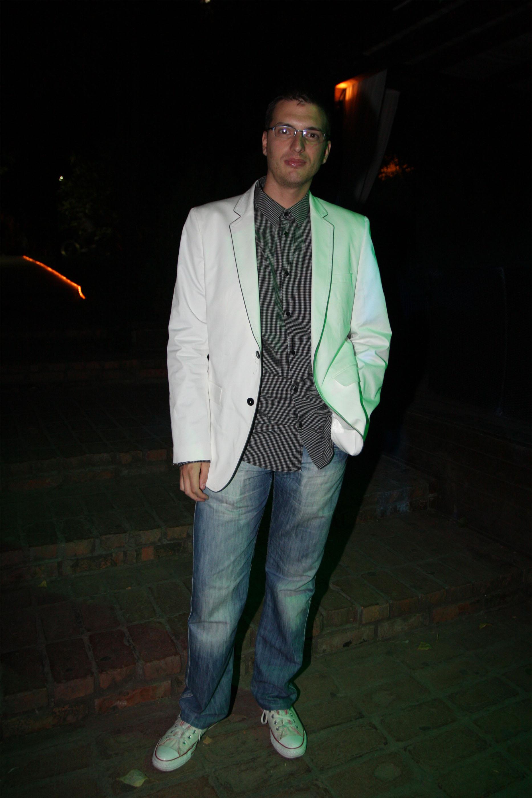 pedja alo Bio jednom jedan dečko, poznati srpski gej novinar i bloger