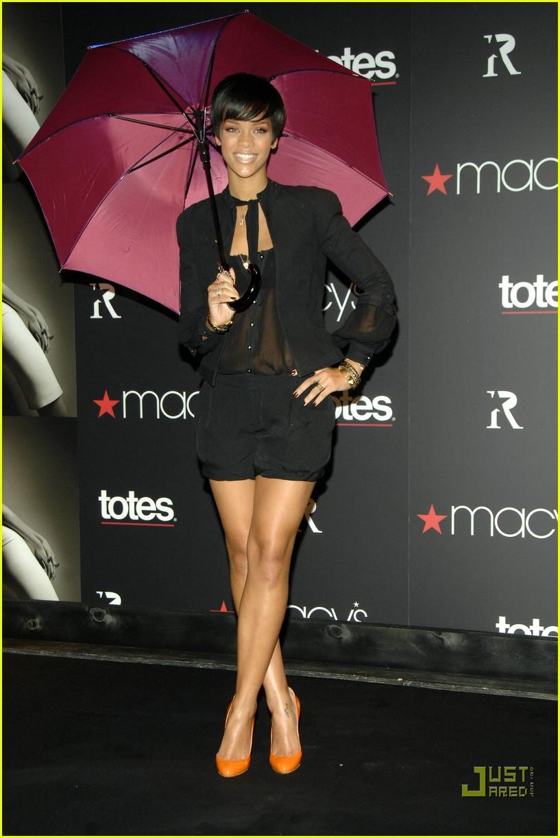 rihanna umbrella line 06 Stilske transformacije: Rihanna