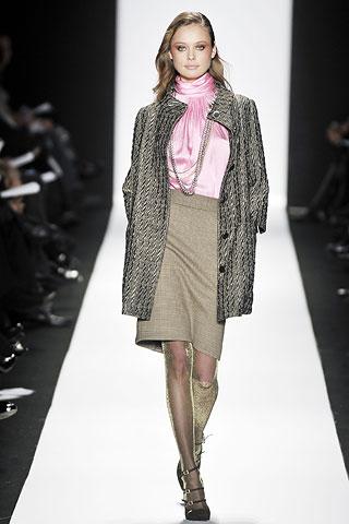 00080m 1 Badgley Mischka: Između stila i trenda