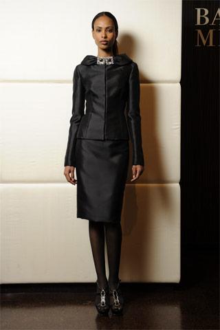 06m Badgley Mischka: Između stila i trenda