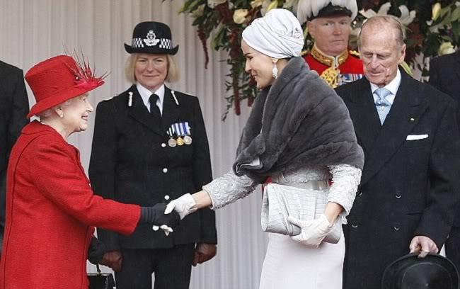 7 4 Royal style: Sheikha Mozah bint Nasser Al Missned