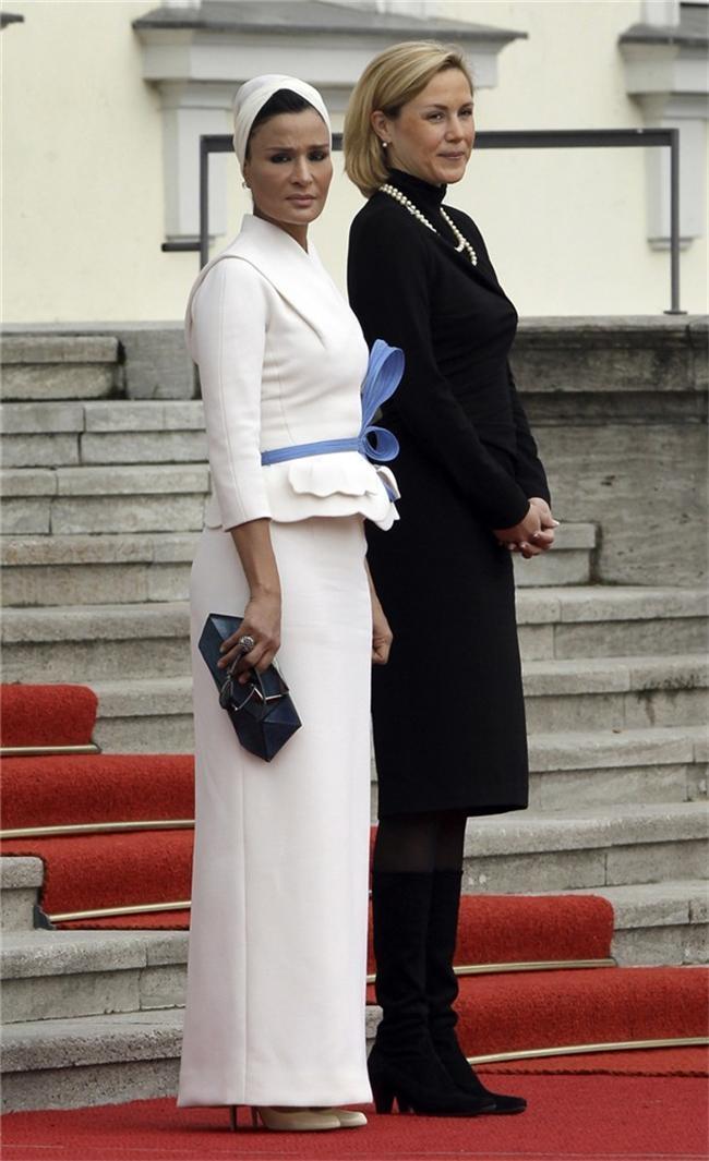 pic aspx8  Royal style: Sheikha Mozah bint Nasser Al Missned