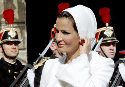 y59c Royal style: Sheikha Mozah bint Nasser Al Missned