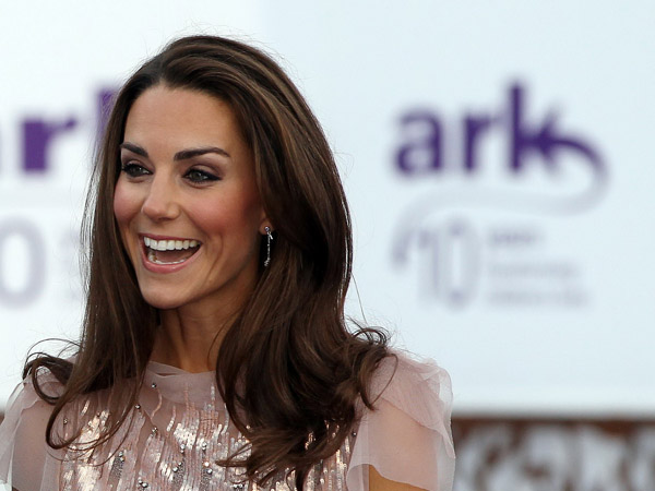 kate middleton classy smile wallpaper 1685 Srećan rođendan, Kate Middleton!