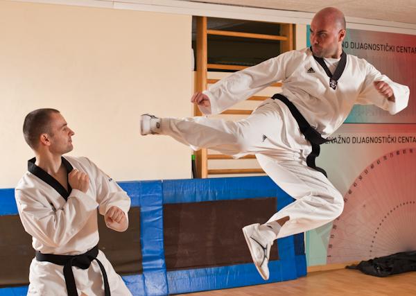 14 Kad udara Taekwondo