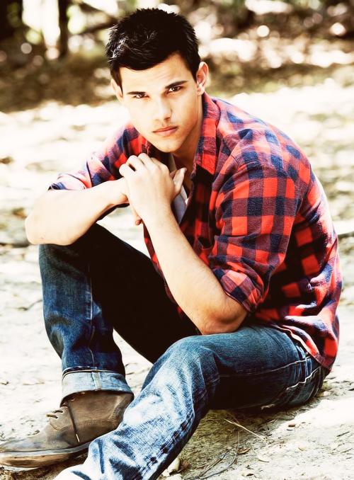 tumblr mi0pi1rs2i1r251oqo1 500 Srećan rođendan, Taylor Lautner!