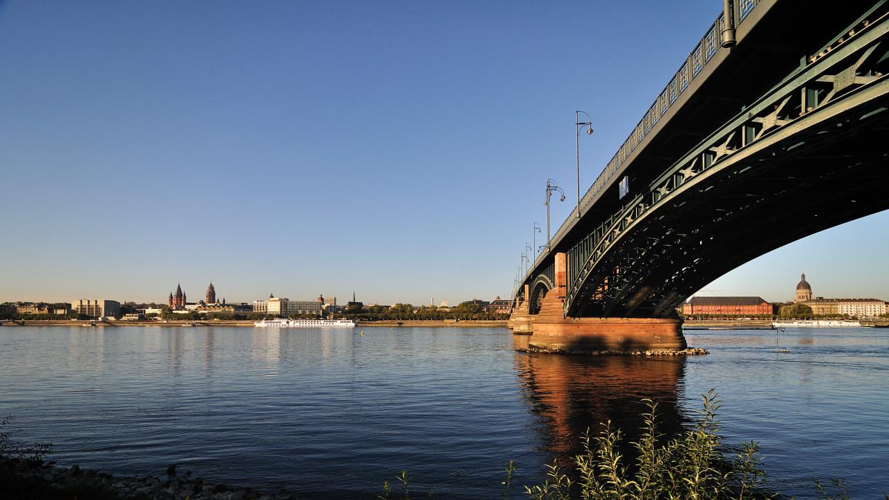 tb5 Najlepši mostovi sveta   specijal: Mostovi Rajne