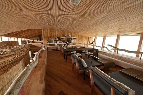 ako pozelite knjigu tu je i mala biblioteka svaki deo hotela podseca na dom Tierra Patagonija: Biser Čilea posvećen ljubiteljima prirode