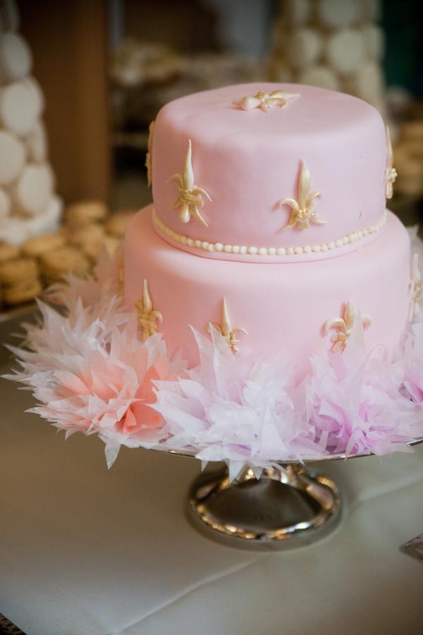 barbie hull junebug weddings 10 19 2010 62 Svadbena torta