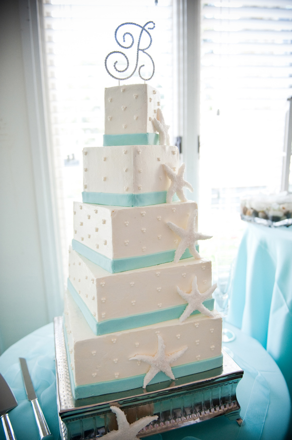 barbie hull junebug weddings 10 19 2010 99 Svadbena torta