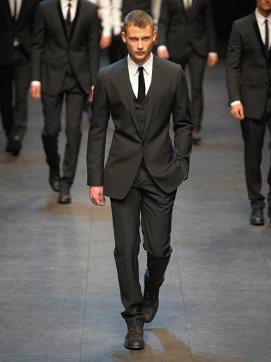 three piece suit dolce Trodelno odelo: muški modni trend za jesen zimu 2010/11