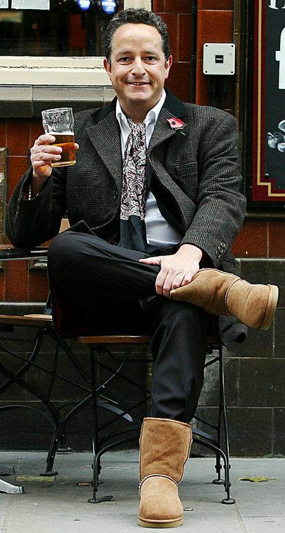 ugg boots 415x774 Muškarci i Ugg čizme?