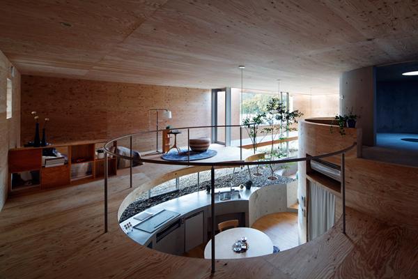 pithouse02 UID Architects: Koštičava kuća u Okajami u Japanu