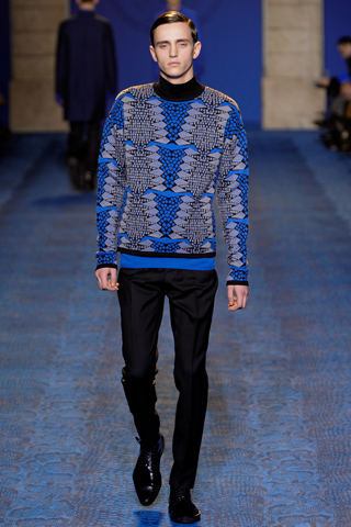 vs5 Fashion moMENts: Runway Fashion