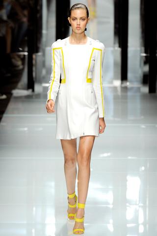 00040m Versace RTW kolekcija za proleće/leto 2011.