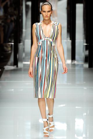00050m Versace RTW kolekcija za proleće/leto 2011.