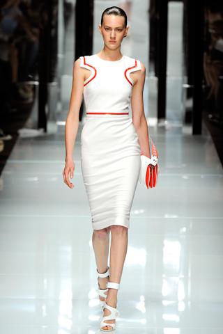 00070m Versace RTW kolekcija za proleće/leto 2011.