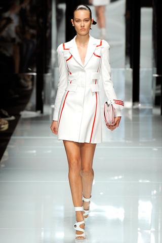 00090m Versace RTW kolekcija za proleće/leto 2011.