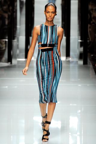 00130m Versace RTW kolekcija za proleće/leto 2011.