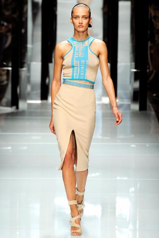 00170m Versace RTW kolekcija za proleće/leto 2011.