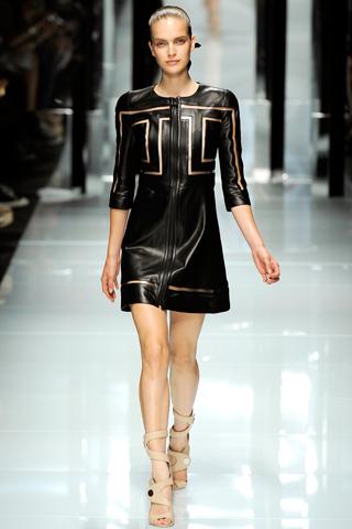 00180m Versace RTW kolekcija za proleće/leto 2011.