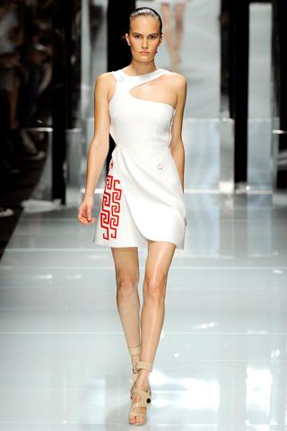00210m Versace RTW kolekcija za proleće/leto 2011.