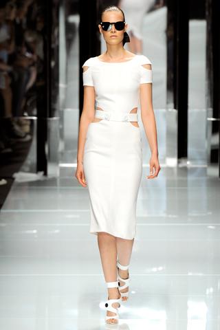 00230m Versace RTW kolekcija za proleće/leto 2011.