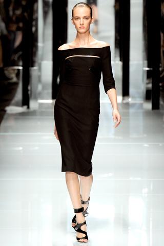 00310m Versace RTW kolekcija za proleće/leto 2011.