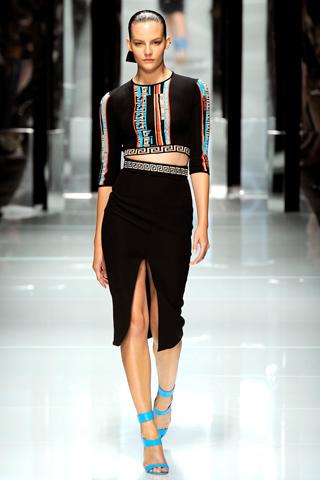 00320m Versace RTW kolekcija za proleće/leto 2011.