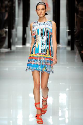 00400m Versace RTW kolekcija za proleće/leto 2011.
