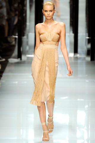 00420m Versace RTW kolekcija za proleće/leto 2011.