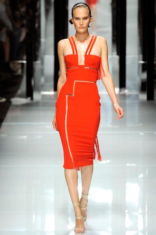 00430m Versace RTW kolekcija za proleće/leto 2011.