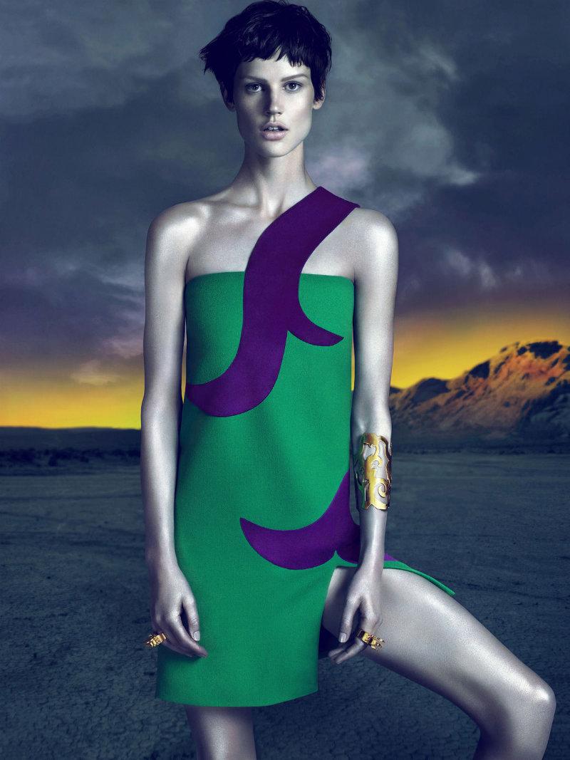 versacecampaign3 Versace za jesen 2011.